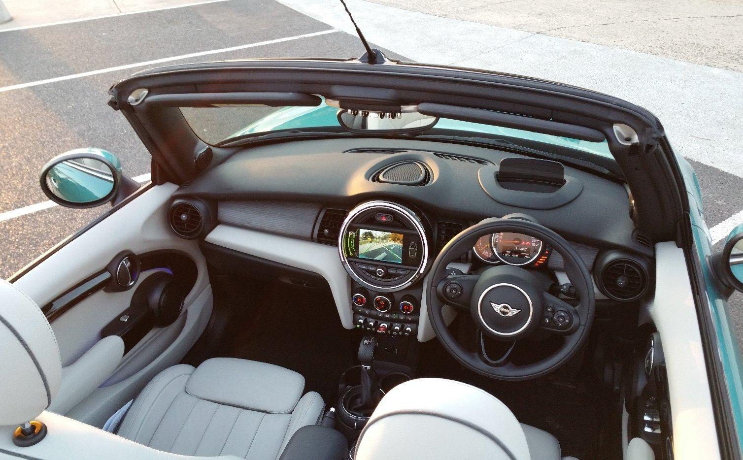 Auto Review: 2016 MINI Cooper Convertible
