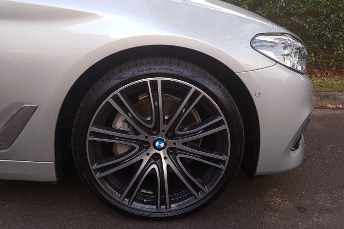 2017 BMW 530i