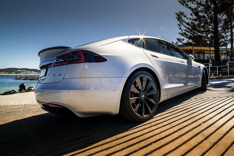 Auto Review 2018 Tesla Model S P100d