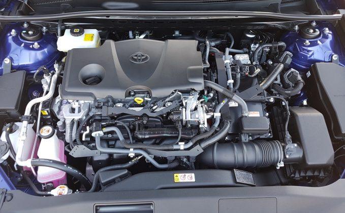 2018 Toyota Camry Ascent Hybrid