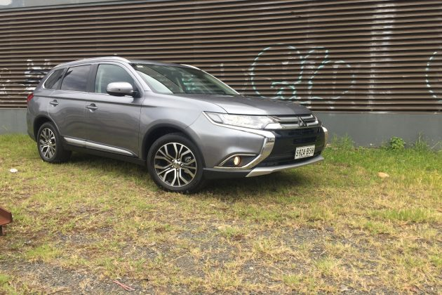 2018 Mitsubishi Outlander LS 4WD (petrol)