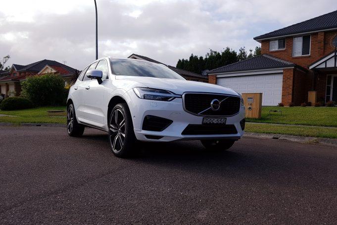 2018 Volvo XC60 T8 R Design