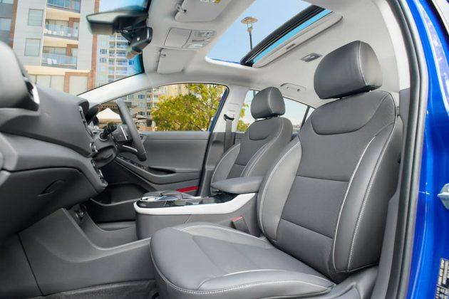 2019 Hyundai IONIQ Premium (electric)