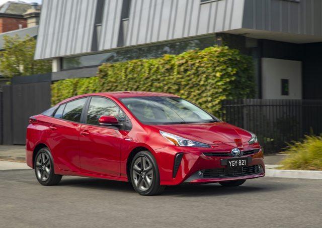 2019 Toyota Prius i-Tech