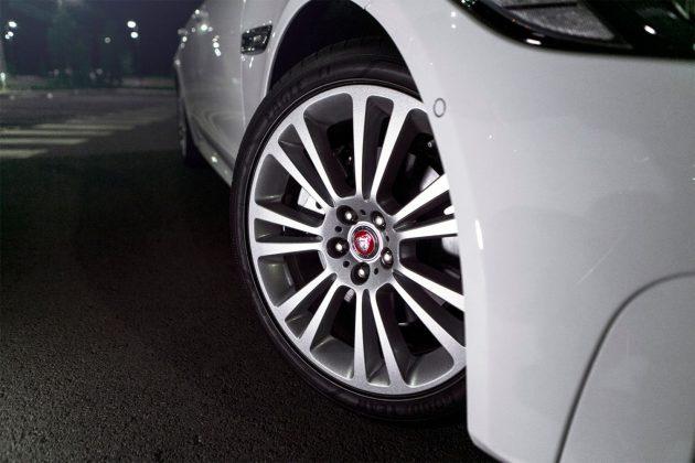 Jag wheel