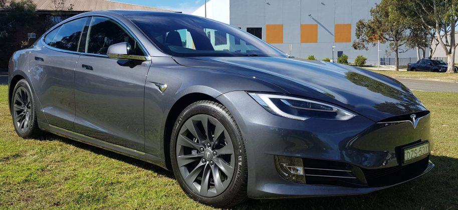 Tesla Model S 100D front