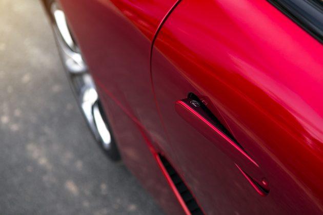 Lexus door