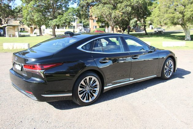 2019 Lexus LS 500h Sports Luxury