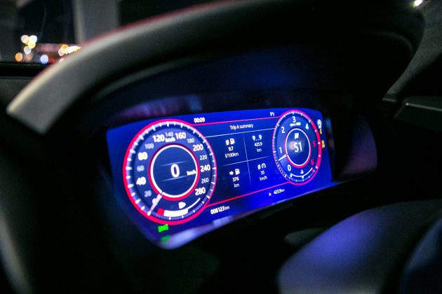F-PACE dash