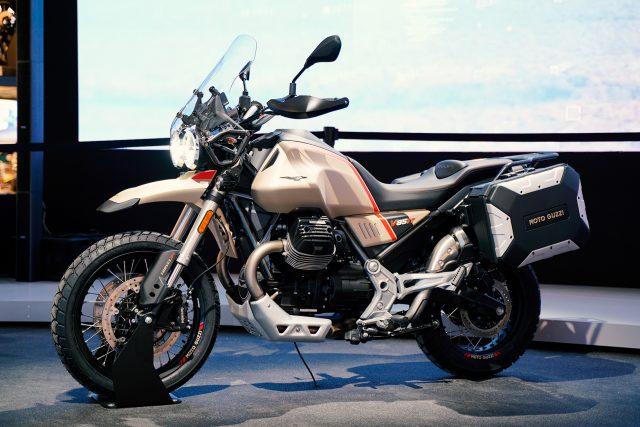2020 Moto Guzzi V85 TT Travel