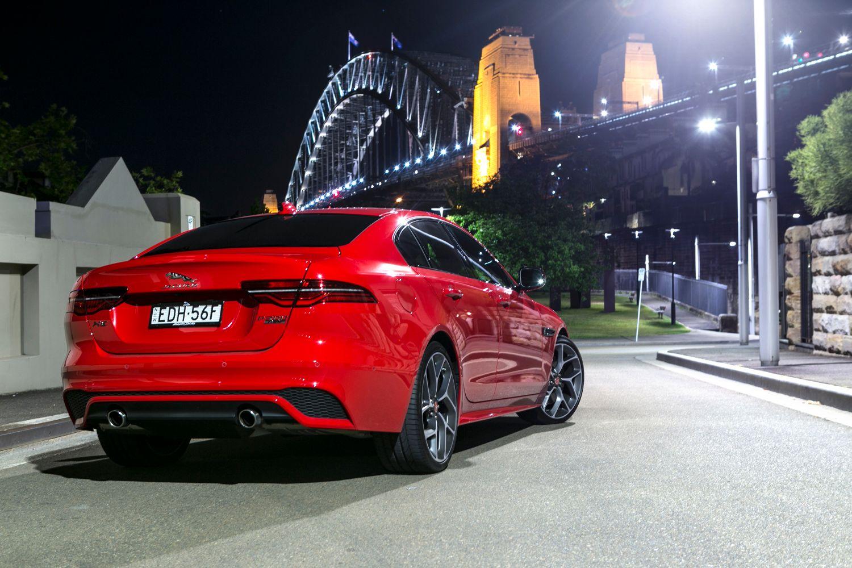 auto review: 2020 jaguar xe r-dynamic hse (p300)
