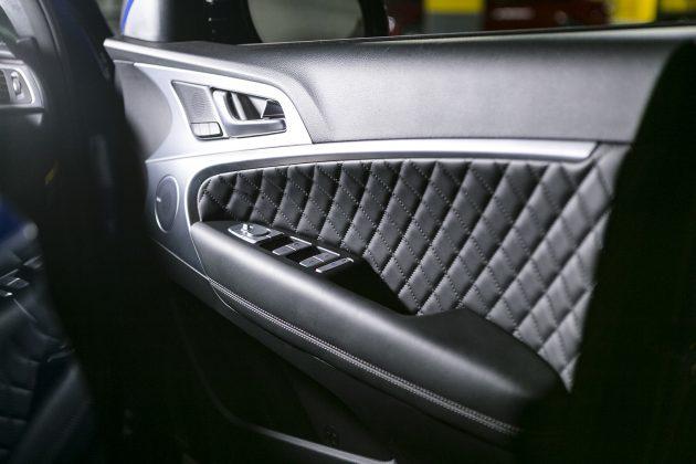 G70 doors