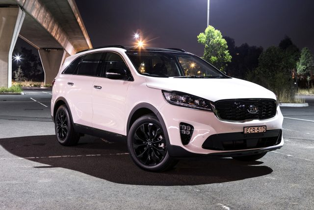 2020 Kia Sorento (Black Edition)