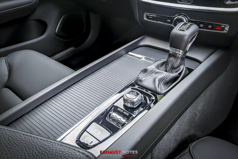 auto review  2020 volvo s60 t5 momentum  u2022 exhaust notes australia
