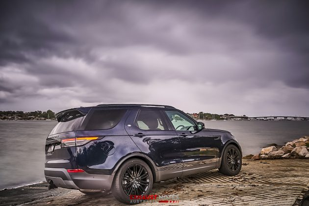 2020 Land Rover Discovery SD4 SE