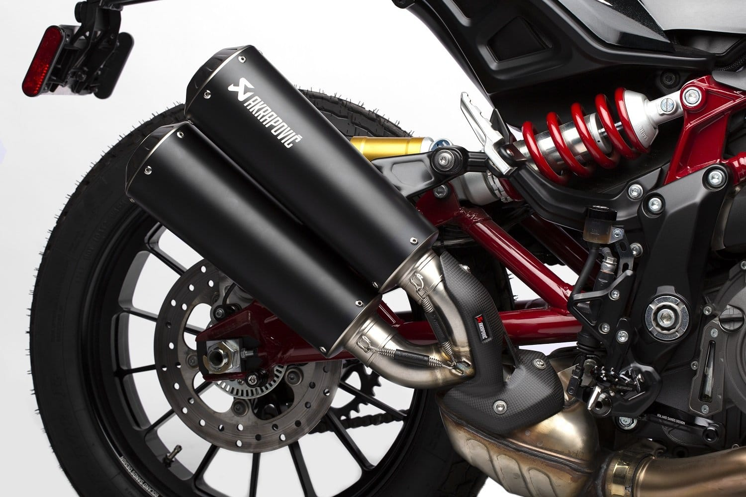Indian Motorcycle has added carbon-fibre Akrapovič exhaust options for the FTR 1200