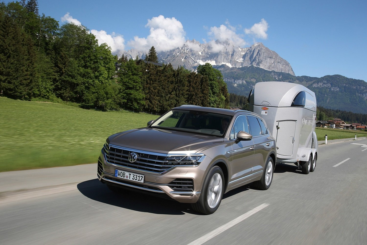 Off Road Fun Is Back With The Volkswagen Touareg Adventure