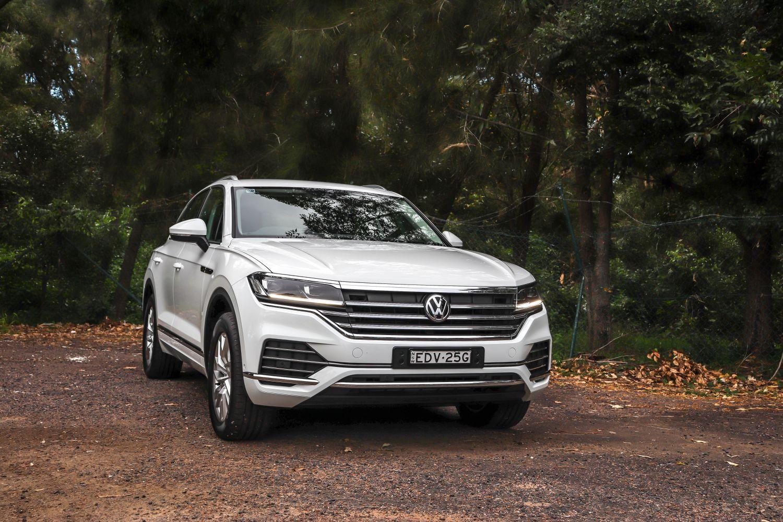 2020 Volkswagen Touareg 190 TDI (car review)