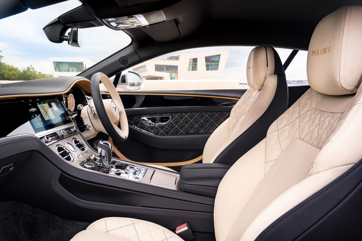 Inside the Bentley Continental GT Mulliner Coupé