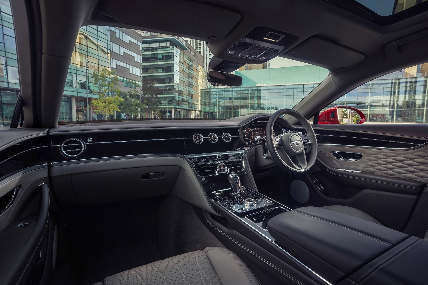 Bentley's Flying Spur reaches new heights for 2021