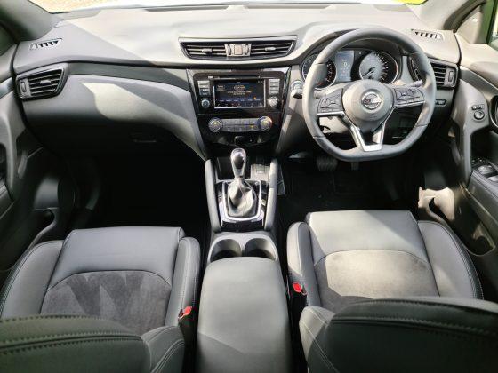 2021 Nissan Qashqai Midnight Edition (car review)