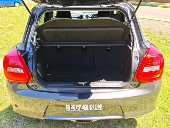 2021 Suzuki Swift GL Navigator and GXL Turbo (car review)