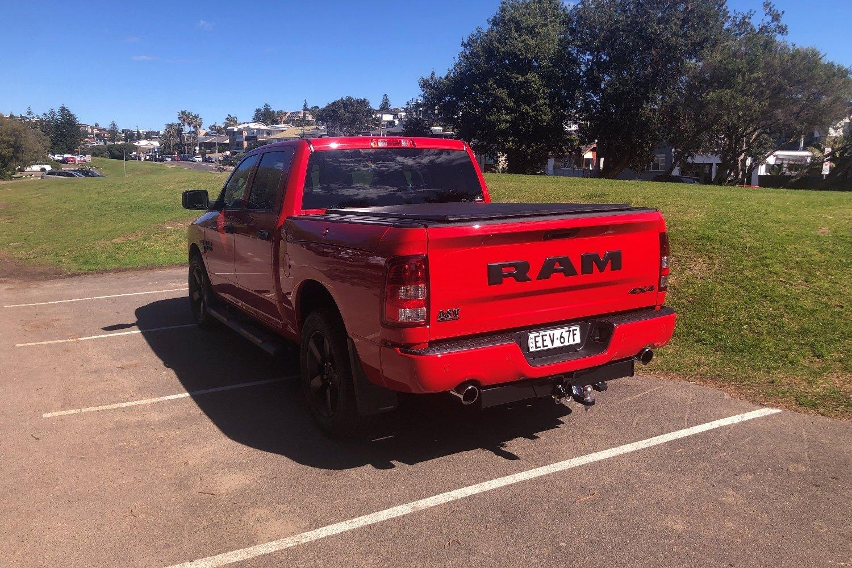 2020 RAM 1500 Express V8 HEMI Crew Cab