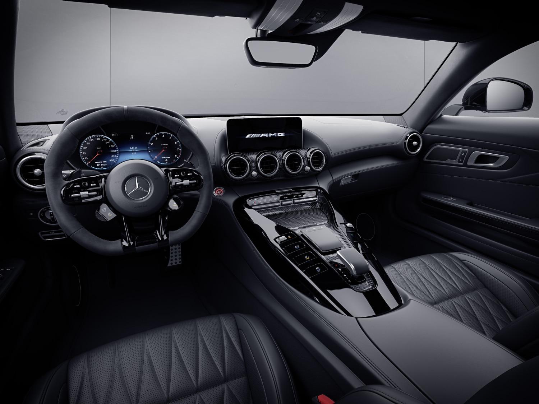 2021 Mercedes-AMG GT Night Edition
