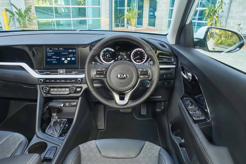 Inside the Kia Niro HEV S
