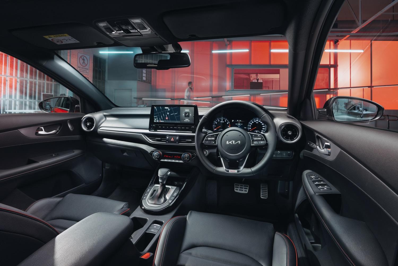 Inside the 2022 Kia Cerato GT