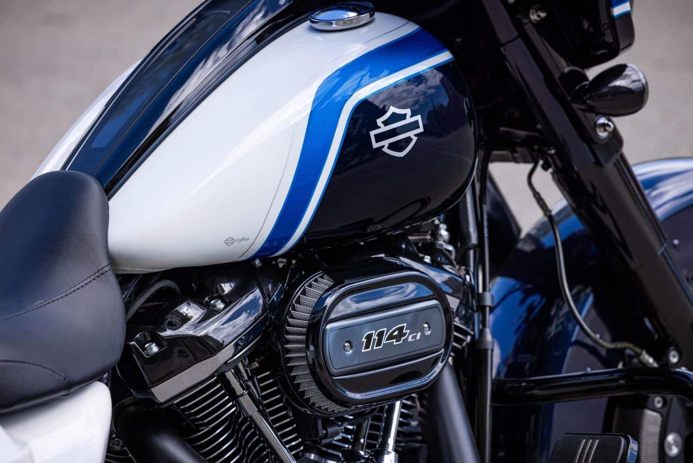 Harley-Davidson Artic Blast Street Glide Special