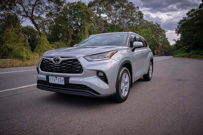 2021 Toyota Kluger GX